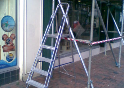 Short set of steps used to access scaffold